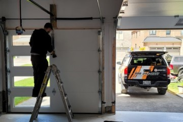 8 Step Guide of How to Install a Roll Up Garage Door